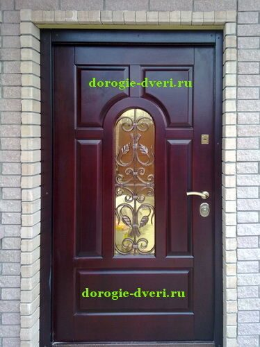 двери металлические в котедж