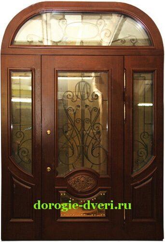 входные двери со стеклом для загородного дома массив